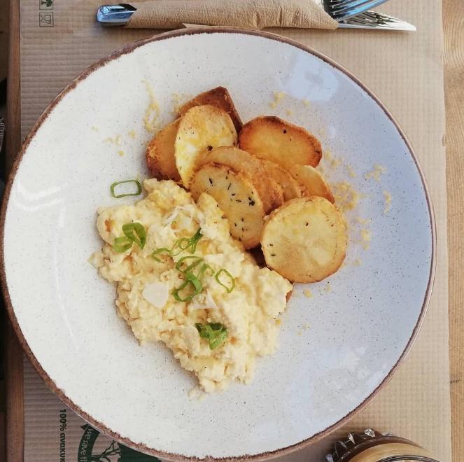 Crispy potato scramble